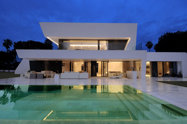 modern and contemporary homes for sale regent property