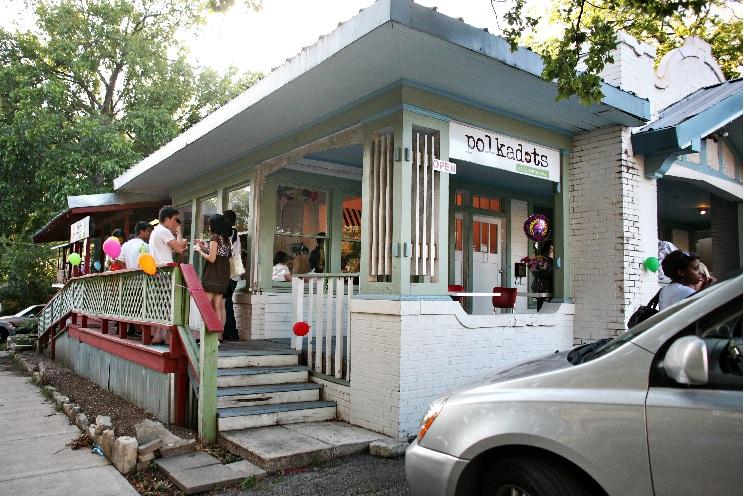 Polkadots Cupcake Factory Takes the Cake in Austin
